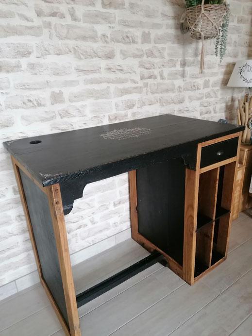 relooking de meuble le mans sarthe bureau noir bois antiquités