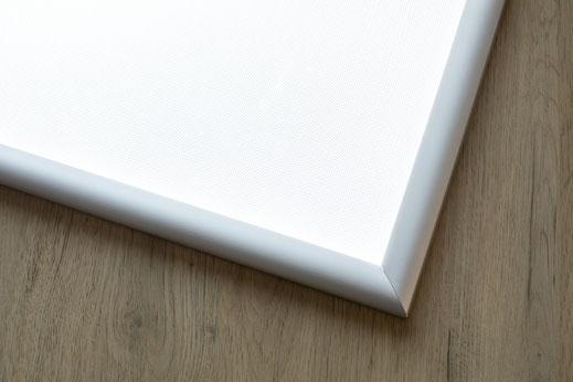 Alu-LED-Rahmen mit silber eloxierter Oberfläche
