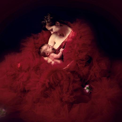 newborn borst moeder
