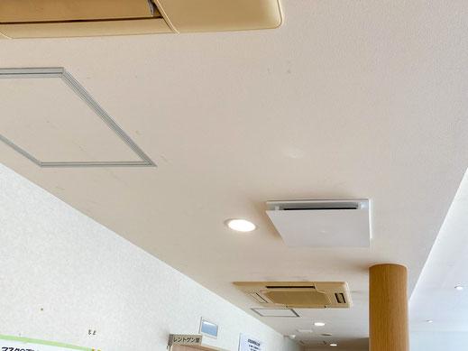 外来待合室に換気システムを増設