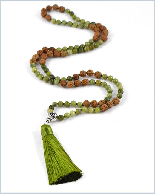 Handgeknotete Mala Kette mit Amazonit, Achat  & Howlith Edelsteinen - Shiva