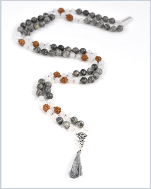 Mala mit Achat, Jaspis Edelsteinen und Rudraksha Perlen