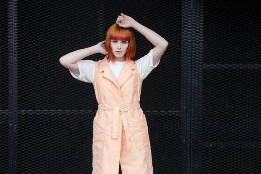 WHO Hamburg handmade Streetwear St.Pauli Design Label Mode Vest Weste Orange Shirt Alma Shorts Meadow made in Hamburg vegan fair sustainable fashion mode