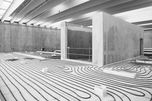 installation_chauffage_au_sol_Musée_du_Louvre-Lens_suivi_de_chantier_galerie-du_temps