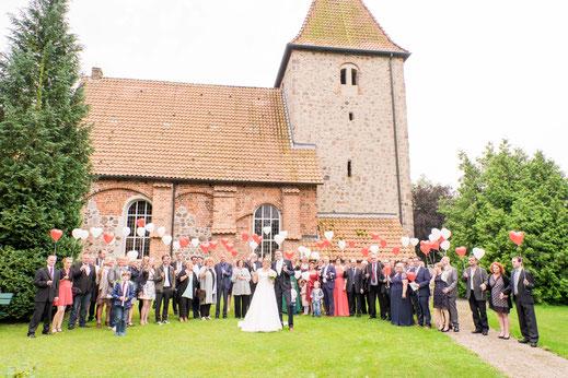 Gruppenfoto Hochzeit Kirche