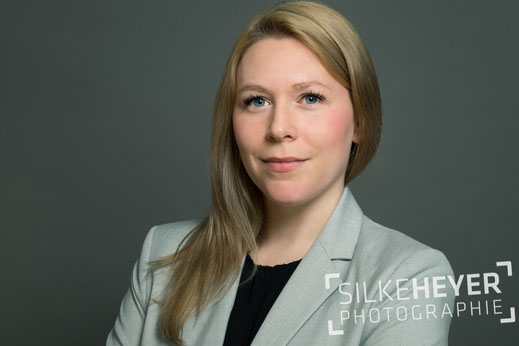 Headshot, Businessportraits, Bewerbungsfotos, Businessfrauen,Frauenportrait