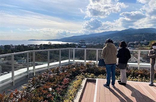 ミナカ小田原 展望足湯庭園 50代一人旅