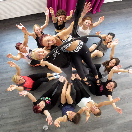 Pole Dance Junggesellenabschied in Würzburg - Vertical Junggesellinnenabschied