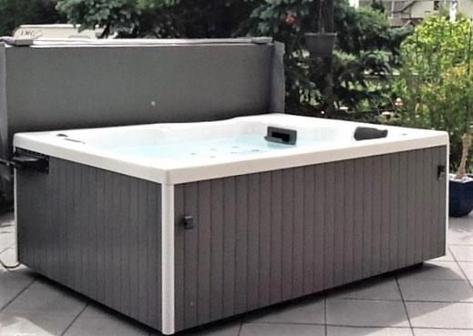 Garten-Whirlpool für 2 Personen