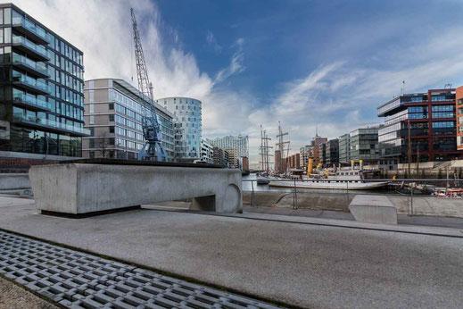 Kran Elbphilharmonie Hafen Museumshafen Hafencity Hamburg