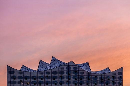 Elbphilharmonie Dach Wellen Hamburg Sonnenuntergang