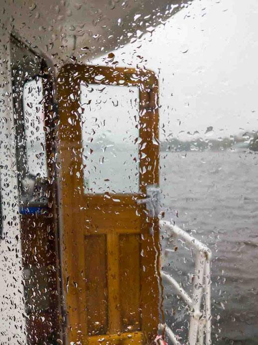 Alstertouristik Alster Regentropfen Tür Hamburg Wasser