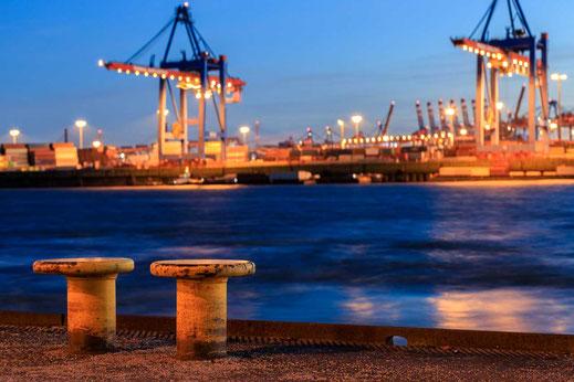 Poller Hafen Anleger Container Schiffe Hafen