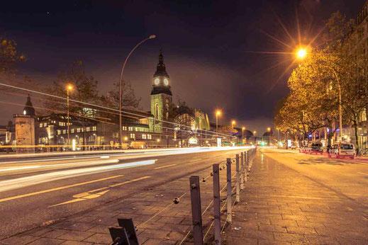 Bahnhof Zug Hauptbahnhof Hamburg Licht Spuren Nachtaufnahme