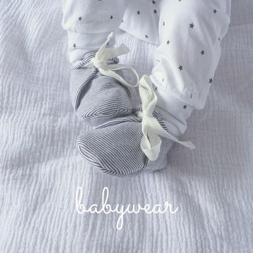 baby slofjes gebreid slofjes die niet uit kunnen mutsje babykleding prenatal babydump schattige baby kleertjes