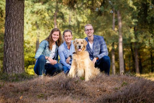 familiefoto lifestyleshoot, gezinsfoto op locatie