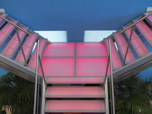 Modern bordes aluminium glas met verlichting