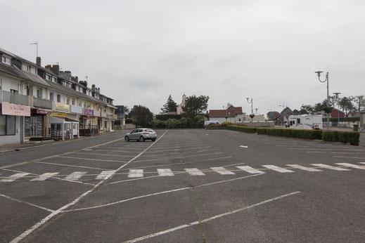Place Geeneral de Gaulle in Pirou, Basse-Normandie.