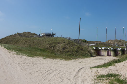 Segelschule am Strand von Breville in der Normandie
