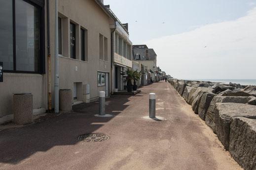 Die Strandpromenade in Agon-Coutainville in der Basse-Normandie