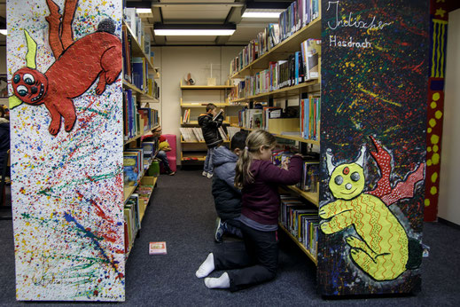 Bücherei in der Steinenbergschule