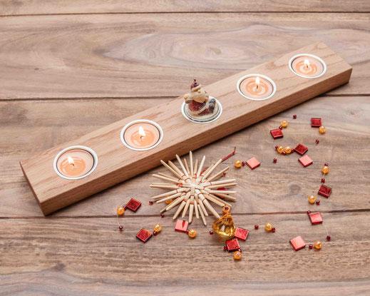 Teelichthalter aus Holz mit fünf Einsätzen - 29,00 Euro