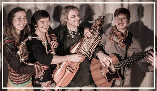 Ensemble Papillon spielt Folkmusik