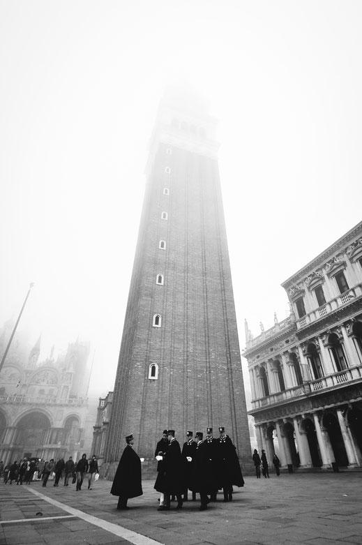 carabinieri a venezia - piazza san marco