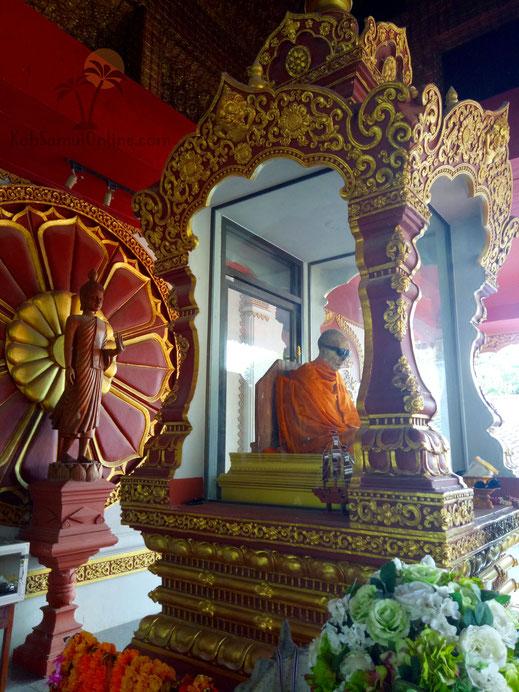 Tempel Koh Samui Wat Khunaram Mumified Monk