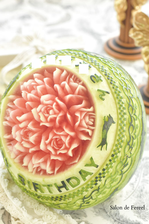 カービング スイカ 彫刻 誕生日 結婚式 メロン フルーツカービング 教室 大阪 薔薇 ソープカービング プレゼント オーダー りんご 石けん