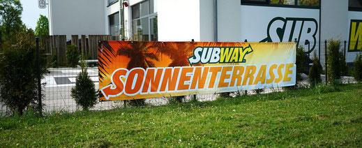 Subway Banner Rundumwerbung Andreas Trump