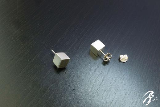 pendientes plata cubos