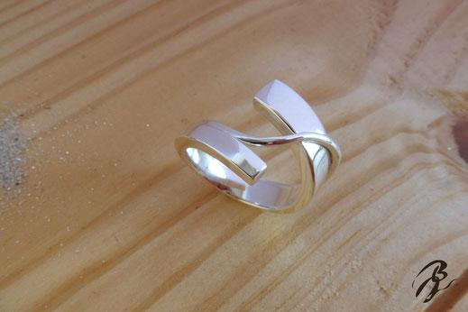 anillo plata curva