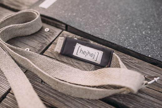 this is the hejhej-strap made from hemp. It make the hejhej-bag two products in one!