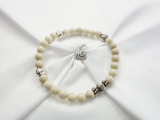 Damen-Armband mit Jade in hellem Beige mit 4 Buddhaköpfen DQ-Metall
