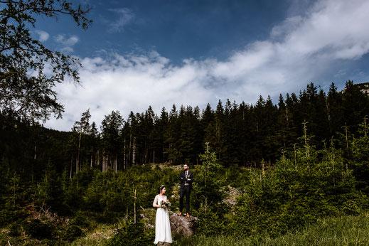 Weddingphotographer Wedding Hochzeit Hochzeitsfotografen Waldhochzeit Stadtflucht Lilienfeld Wien Wachau Vintage Boho Weingarten Vineyard mrsrmrgeen mrsmrgreen.at Fotografen Exklusiv