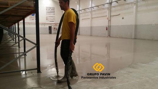 Regularización y nivelación de un pavimento industrial en Barcelona