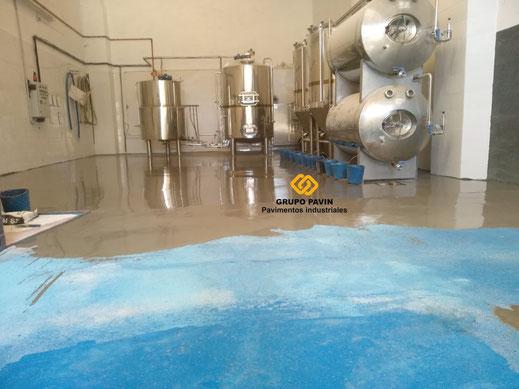 Autonivelante cementoso de regularización industrial