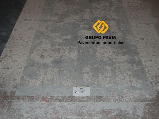 Aplicación a hueso en suelos y pavimentos industriales de resinas en Barcelona