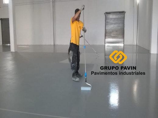 Segunda capa final de la aplicación del pavimento