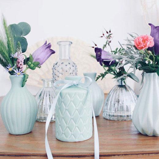 vasen set gemischt blau klein glas Keramik mieten verleih tischdekoration Dekoration tischleihendeckdich Tischlein deck dich