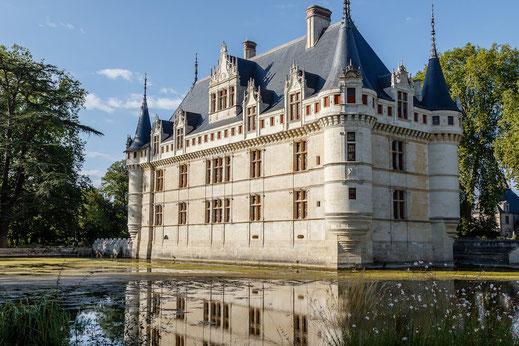Visites groupes châteaux de la Loire monuments historiques histoire Touraine