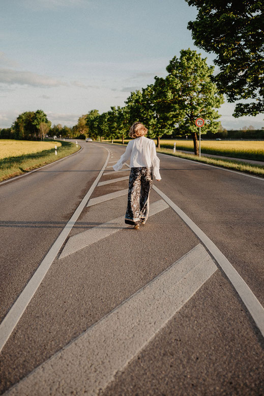 Fotoshooting im Rapsfeld - München by Sebastian Pintea