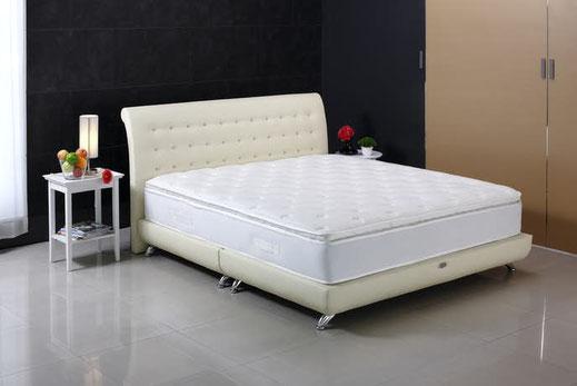 ベッドマットクリーニング