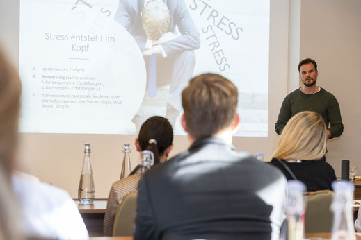 Resilienz Coaching in München mit Timo Call