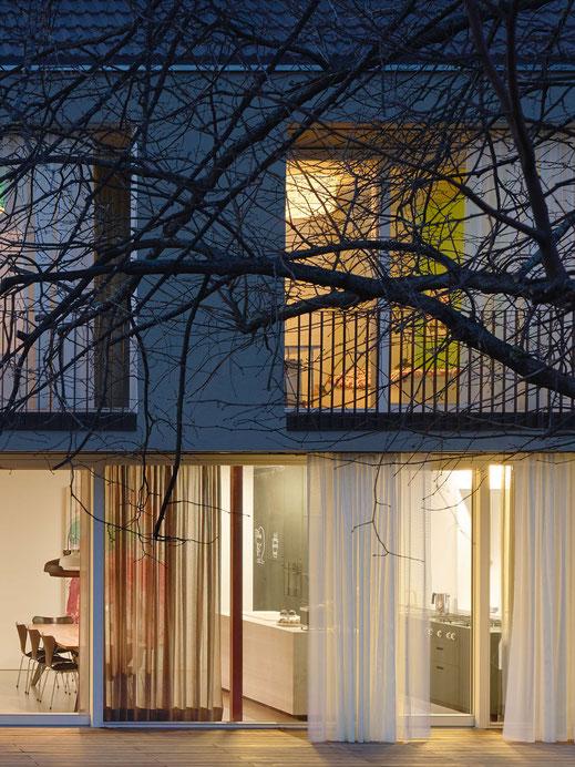 Lenz Architekten apartment91 vorhaenge gardinen wohnen balkonvorhang