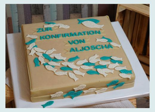 Tortenbuch, Buchtorte, Kommunionstorte