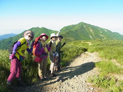 御西小屋から空荷で大日岳を往復に出発