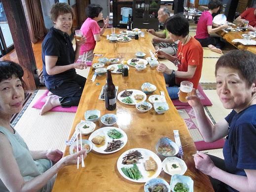 夕食は山菜が中心のお料理