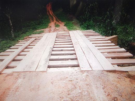 Professionell ausgebaute Brücke 2019